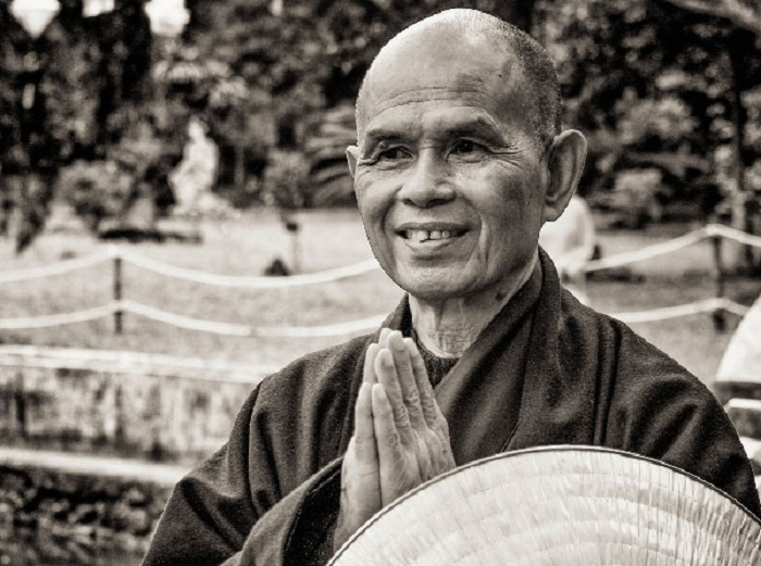 Dời ngày công chiếu phim về Thiền sư Nhất Hạnh