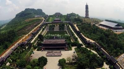 Bái Đính toàn cảnh - Bai Dinh Pagoda overview