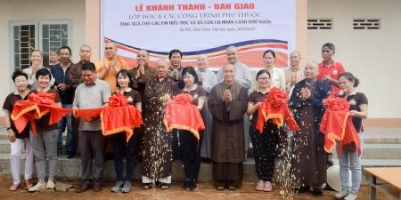 Gia Lai: Ban Văn hoá GHPGVN TP. HCM Khánh thành, Bàn giao ba lớp học và tặng quà từ thiện.