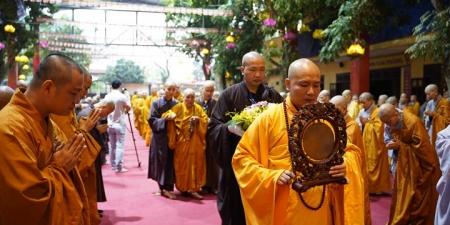 Phật giáo với phát triển văn hóa và con người Việt Nam