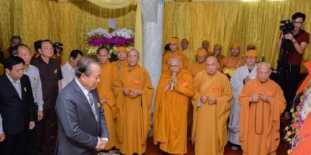 Phó Thủ tướng Thường trực Trương Hoà Bình viếng Trưởng lão HT.Thích Hiển Pháp