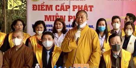 Hà Nội: Ban Văn hoá TƯ GHPGVN phát dược phẩm, vật phẩm và tặng khẩu trang miễn phí