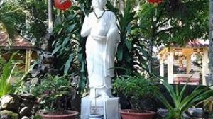 Mùa Vu Lan tham quan chùa cổ 400 tuổi, nơi thờ tướng Giáp