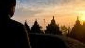 Đại thừa và Nguyên thủy: Khác mà không khác
