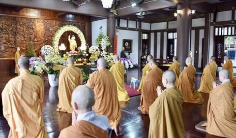 Ban văn hóa GHPGVN. TP.HCM long trọng tổ chức lễ Tắm Phật PL. 2564 - 2020